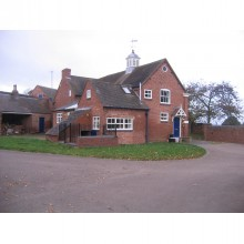 *LET SUBJECT TO CONTRACT* The Coach House - Image 1