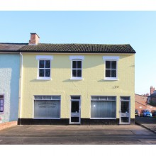 *LET SUBJECT TO CONTRACT* REFURBISHED OFFICES 30 Sansome Walk, Worcester, WR1 1NA